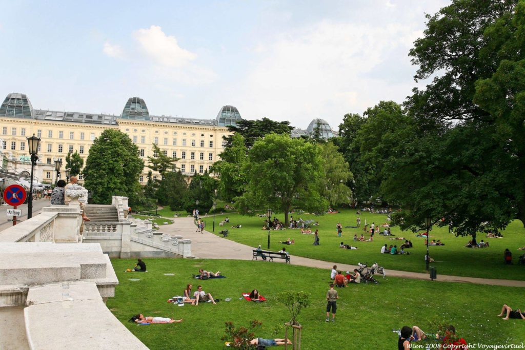 Парк Burggarten в Вене